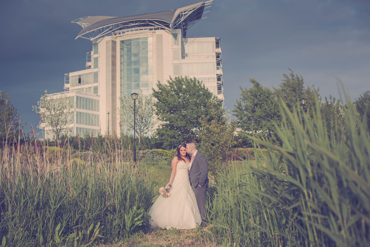 welsh_wedding_photographer_st_davids_hotel_cardiff_bay_cerlewwed_0807