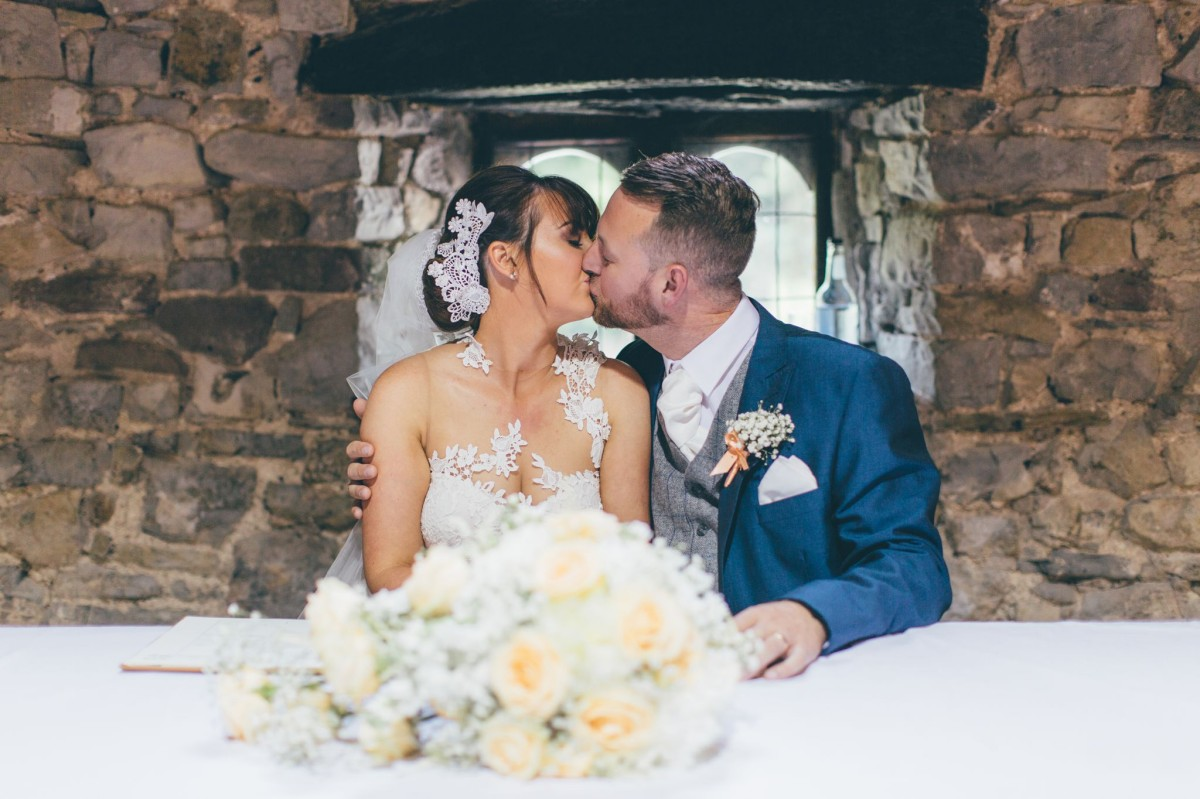 rachel_lambert_photography_welsh_wedding_photographer_pencoed_house_kate_dave_ 21