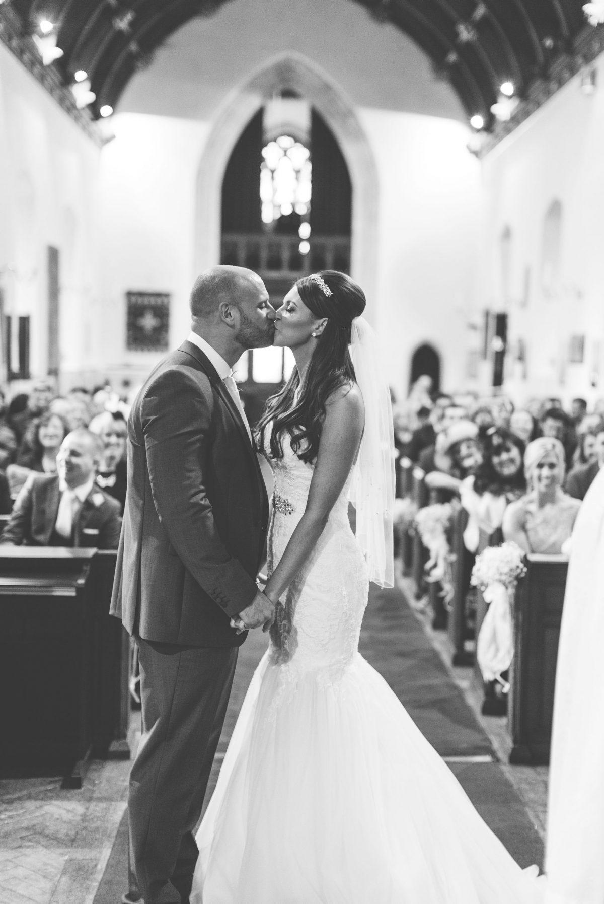 welsh_wedding_photographer_rachel_lambert_photography_decourceys_cardiff_rhiannon_gavin_ 28