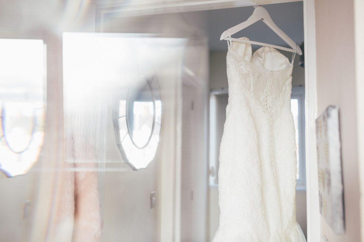 welsh_wedding_photographer_rachel_lambert_photography_decourceys_cardiff_rhiannon_gavin_ 4