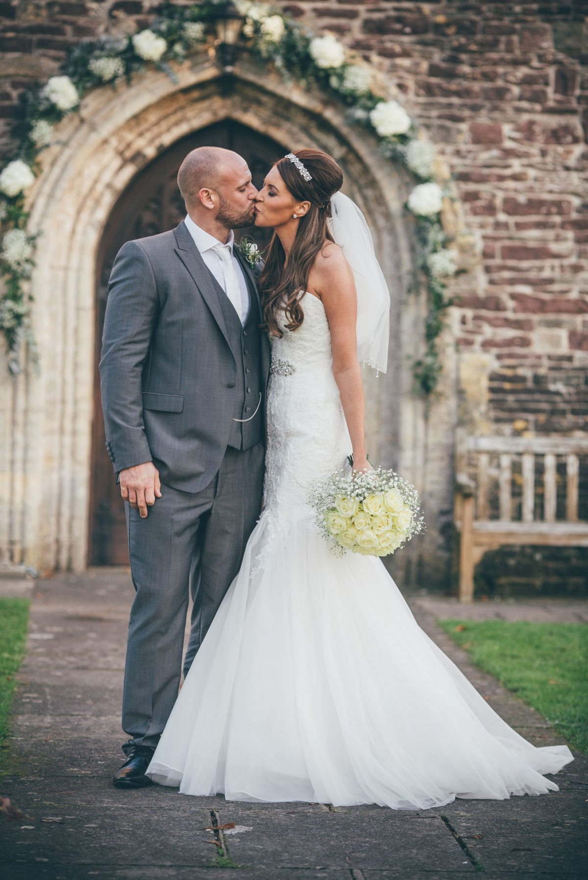 welsh_wedding_photographer_rachel_lambert_photography_decourceys_cardiff_rhiannon_gavin_ 41