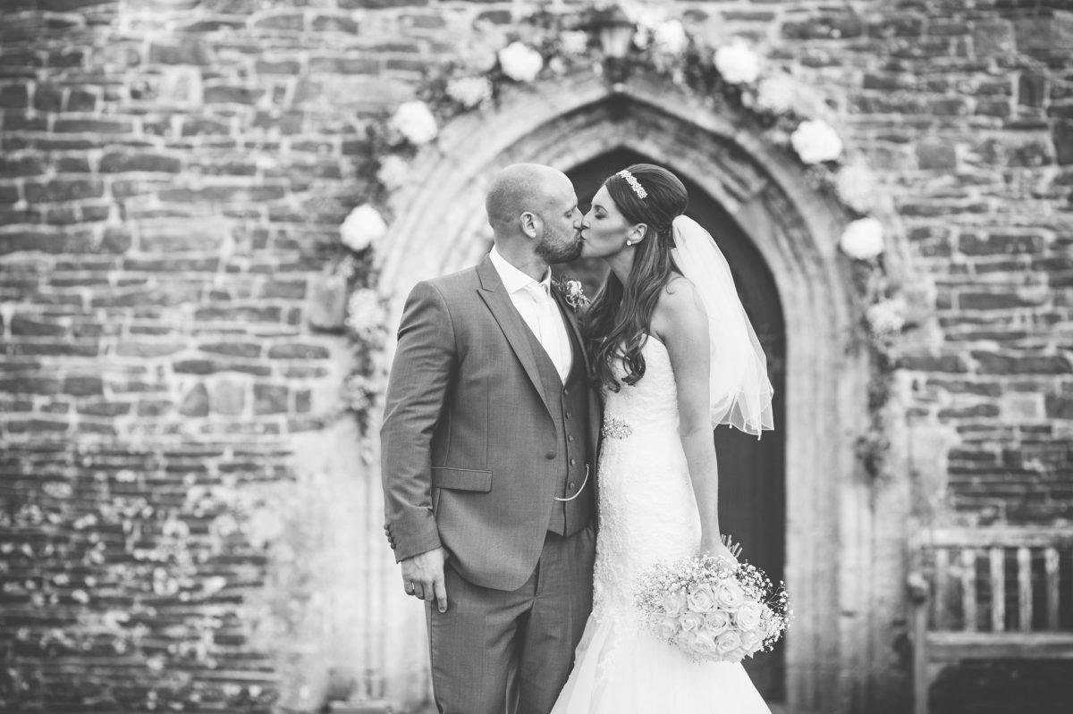 welsh_wedding_photographer_rachel_lambert_photography_decourceys_cardiff_rhiannon_gavin_ 42