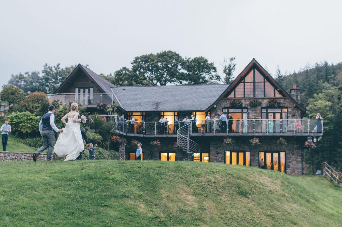 welsh_wedding_photographer_rachel_lambert_photography_canada_lake_lodge_michaela_haydn_ 100