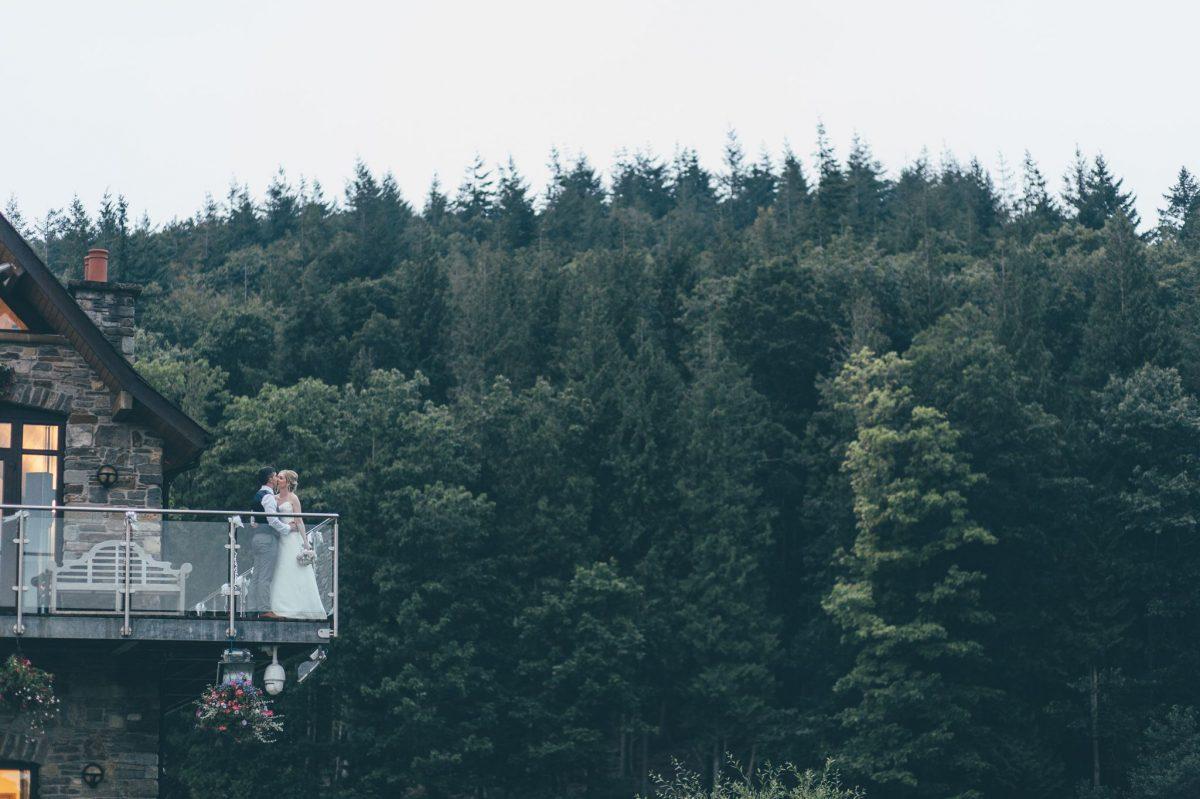 welsh_wedding_photographer_rachel_lambert_photography_canada_lake_lodge_michaela_haydn_ 101