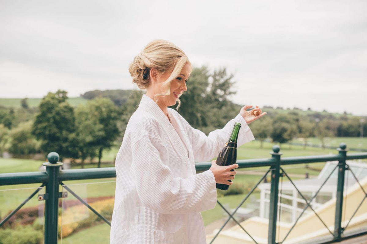 welsh_wedding_photographer_rachel_lambert_photography_canada_lake_lodge_michaela_haydn_ 18