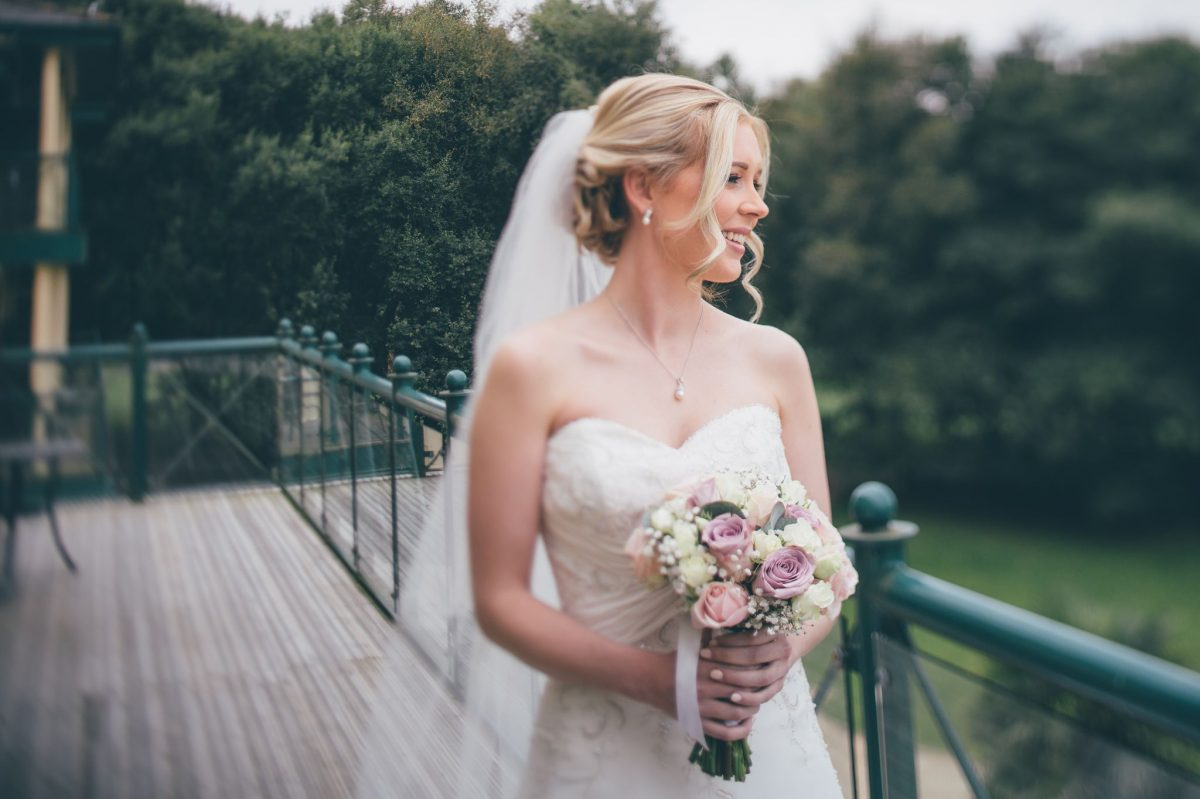 welsh_wedding_photographer_rachel_lambert_photography_canada_lake_lodge_michaela_haydn_ 27