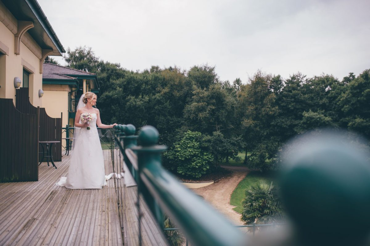 welsh_wedding_photographer_rachel_lambert_photography_canada_lake_lodge_michaela_haydn_ 28
