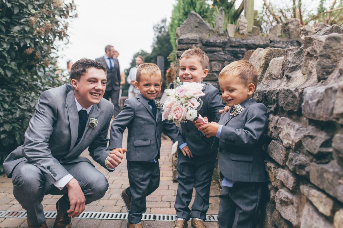 welsh_wedding_photographer_rachel_lambert_photography_canada_lake_lodge_michaela_haydn_ 40