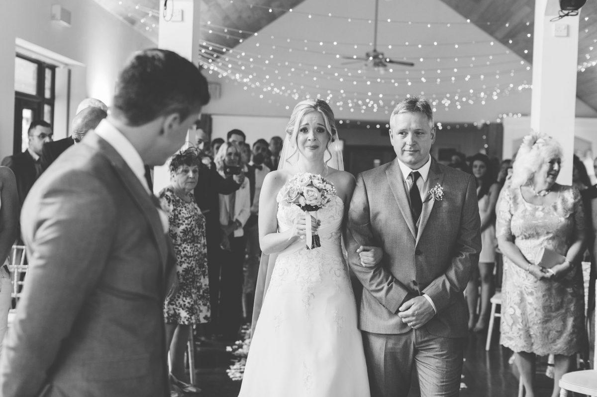 welsh_wedding_photographer_rachel_lambert_photography_canada_lake_lodge_michaela_haydn_ 52