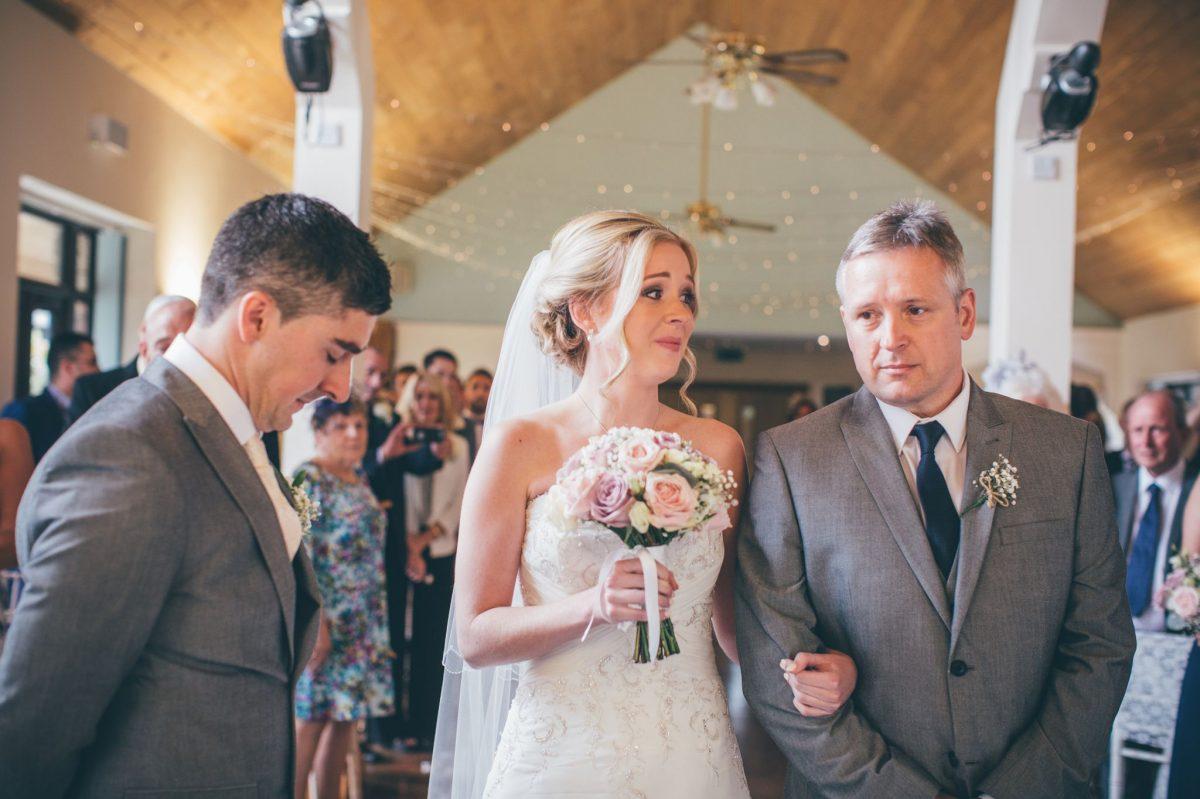 welsh_wedding_photographer_rachel_lambert_photography_canada_lake_lodge_michaela_haydn_ 53