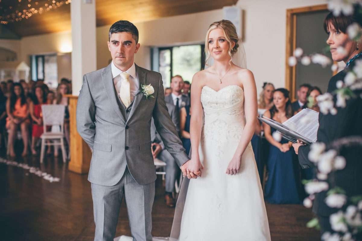 welsh_wedding_photographer_rachel_lambert_photography_canada_lake_lodge_michaela_haydn_ 54