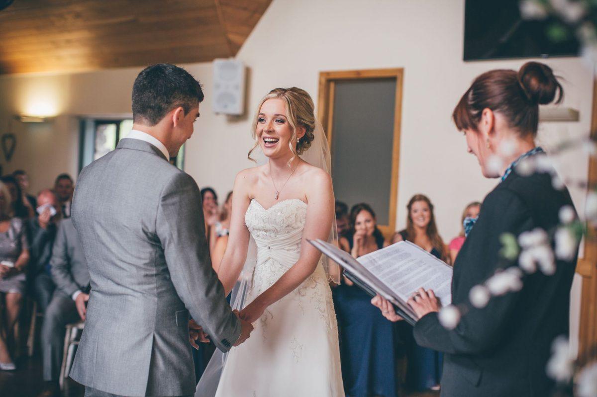 welsh_wedding_photographer_rachel_lambert_photography_canada_lake_lodge_michaela_haydn_ 55
