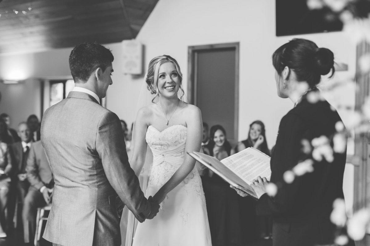 welsh_wedding_photographer_rachel_lambert_photography_canada_lake_lodge_michaela_haydn_ 56