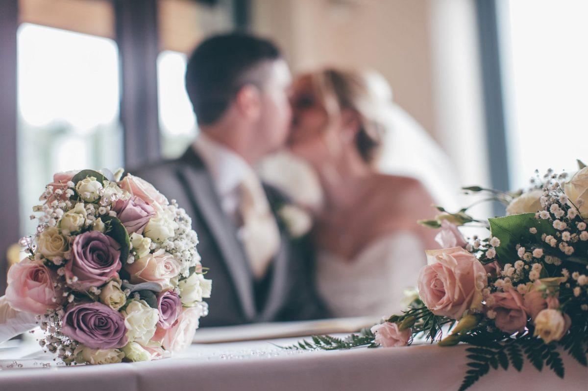 welsh_wedding_photographer_rachel_lambert_photography_canada_lake_lodge_michaela_haydn_ 62