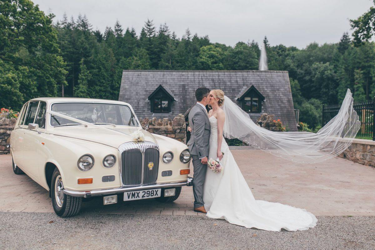welsh_wedding_photographer_rachel_lambert_photography_canada_lake_lodge_michaela_haydn_ 69
