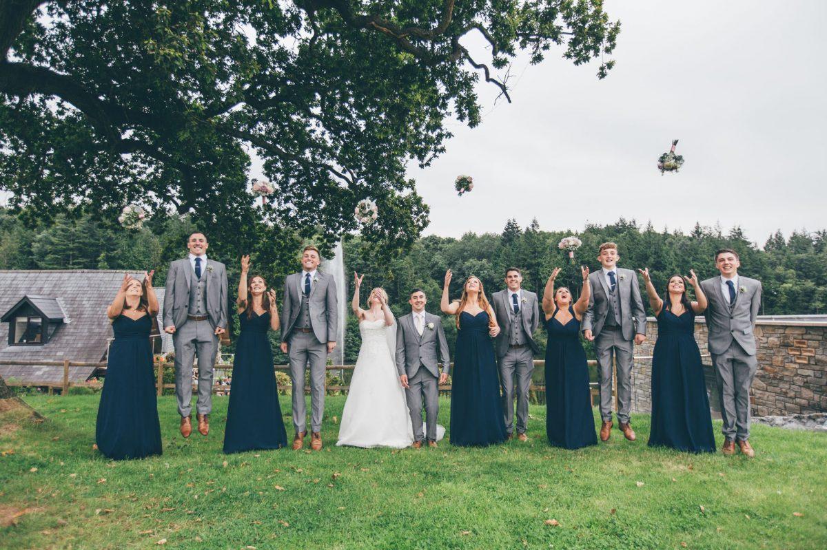 welsh_wedding_photographer_rachel_lambert_photography_canada_lake_lodge_michaela_haydn_ 75