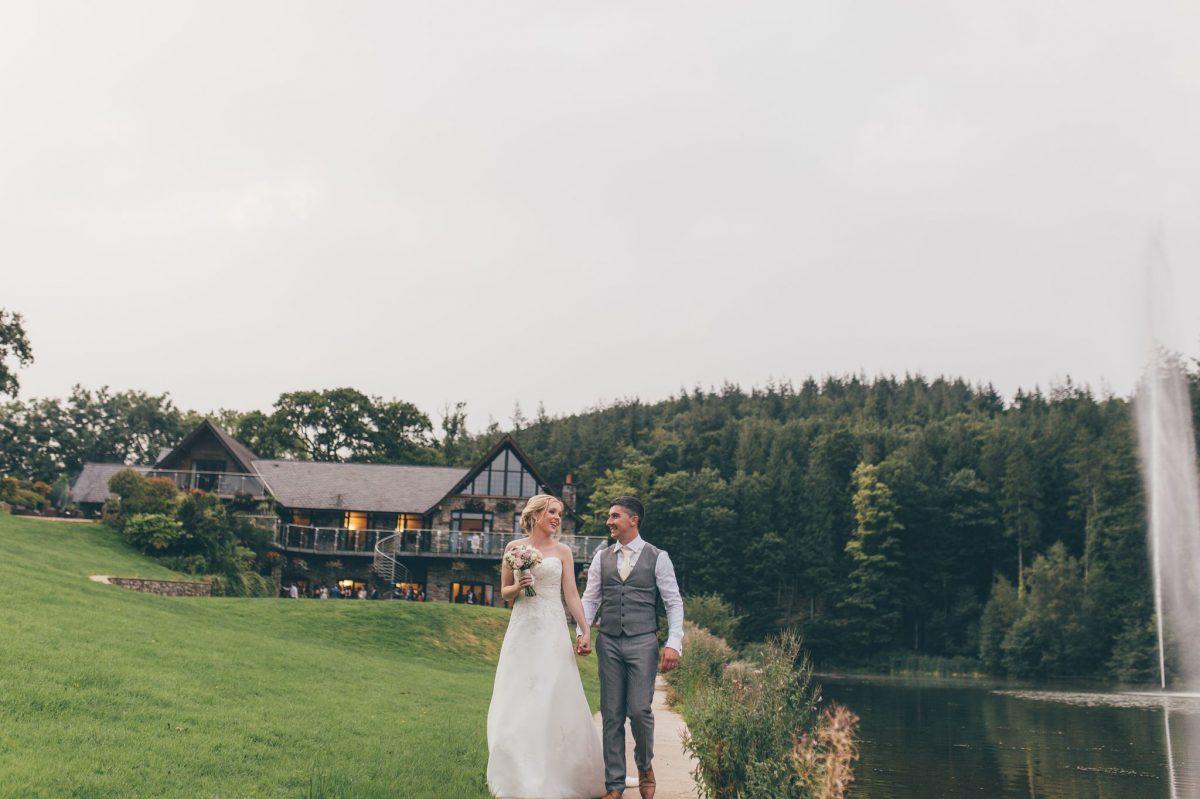 welsh_wedding_photographer_rachel_lambert_photography_canada_lake_lodge_michaela_haydn_ 90