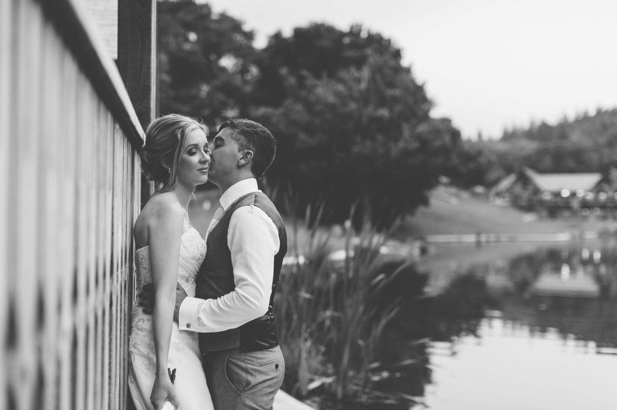 welsh_wedding_photographer_rachel_lambert_photography_canada_lake_lodge_michaela_haydn_ 97