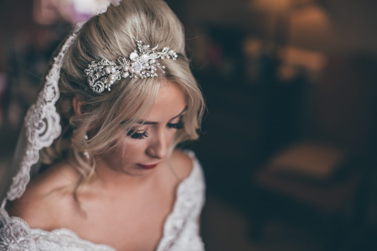 bridal make up at clearwell castle rachel lambert photography summer wedding