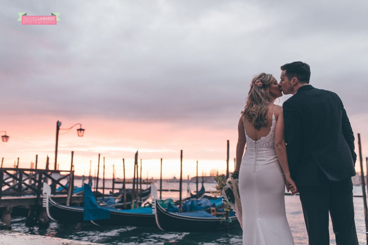 cwtch destination wedding photography workshop sunrise venice grand canal gondolas