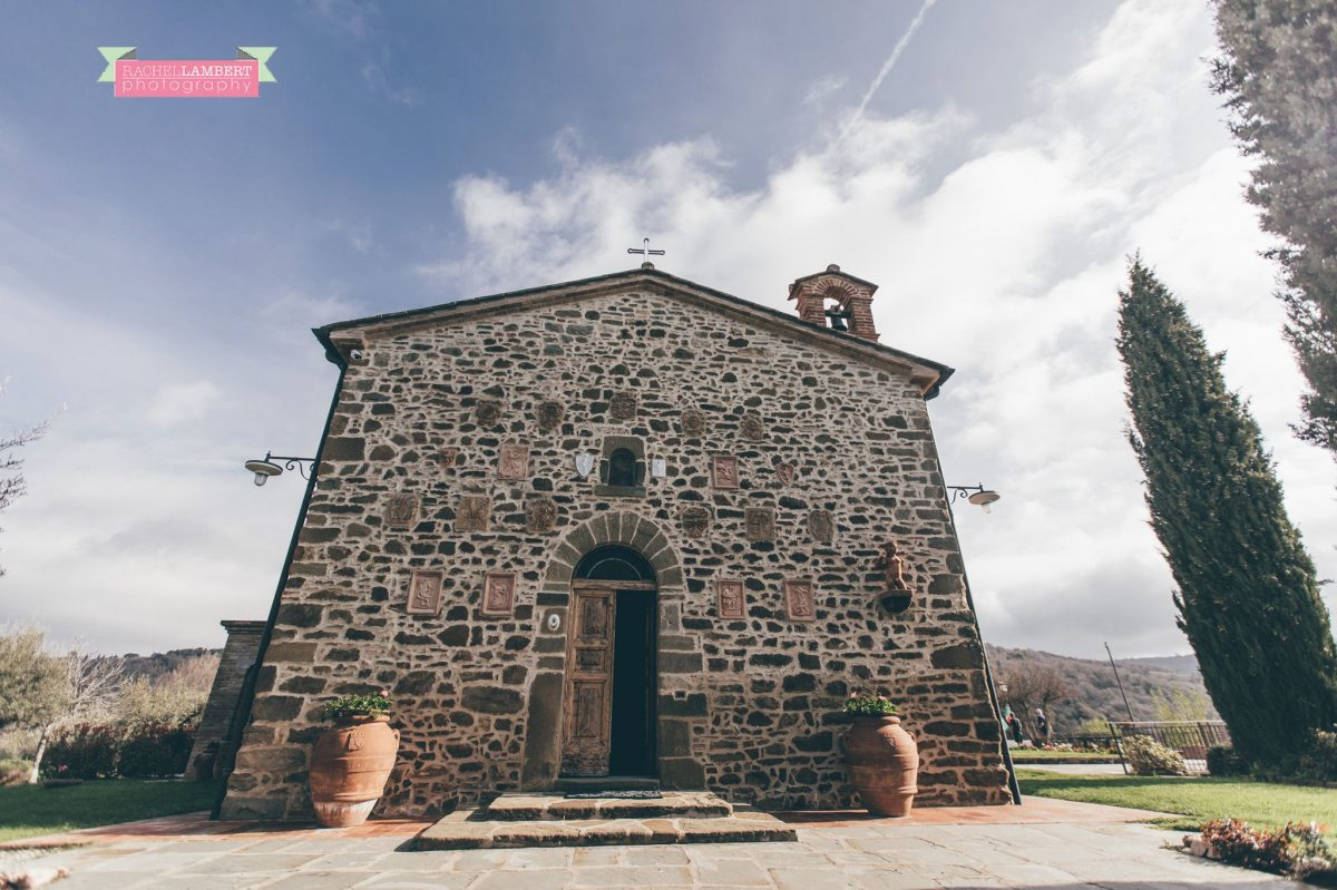 wedding in italy cortona tuscany villa san crispolto