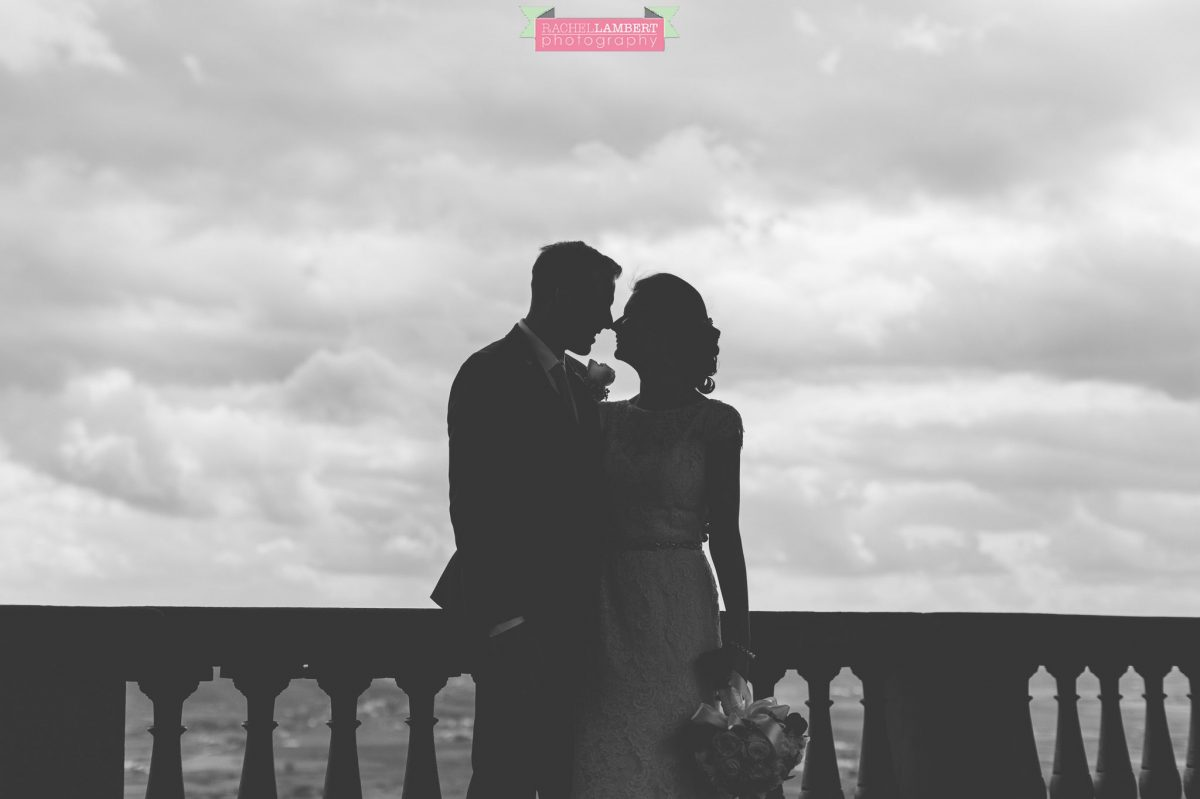 bride and groom portrait wedding in italy colour cortona tuscany silhouette
