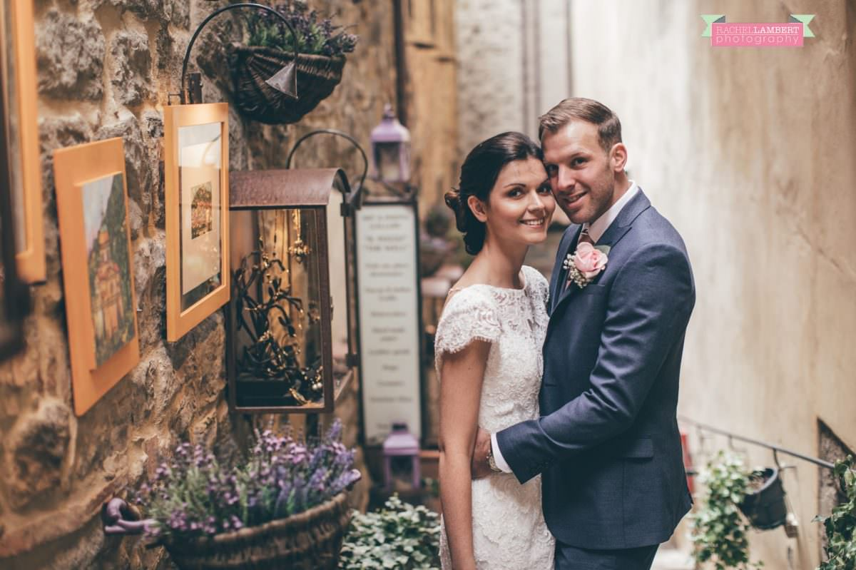 bride and groom portrait wedding in italy colour cortona tuscany