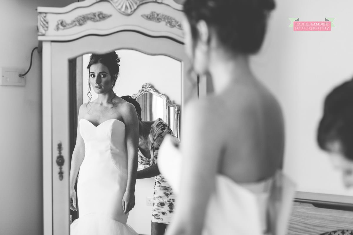 olwalls wedding photographer rachel lambert photography bridal prep at mulberry house black and white
