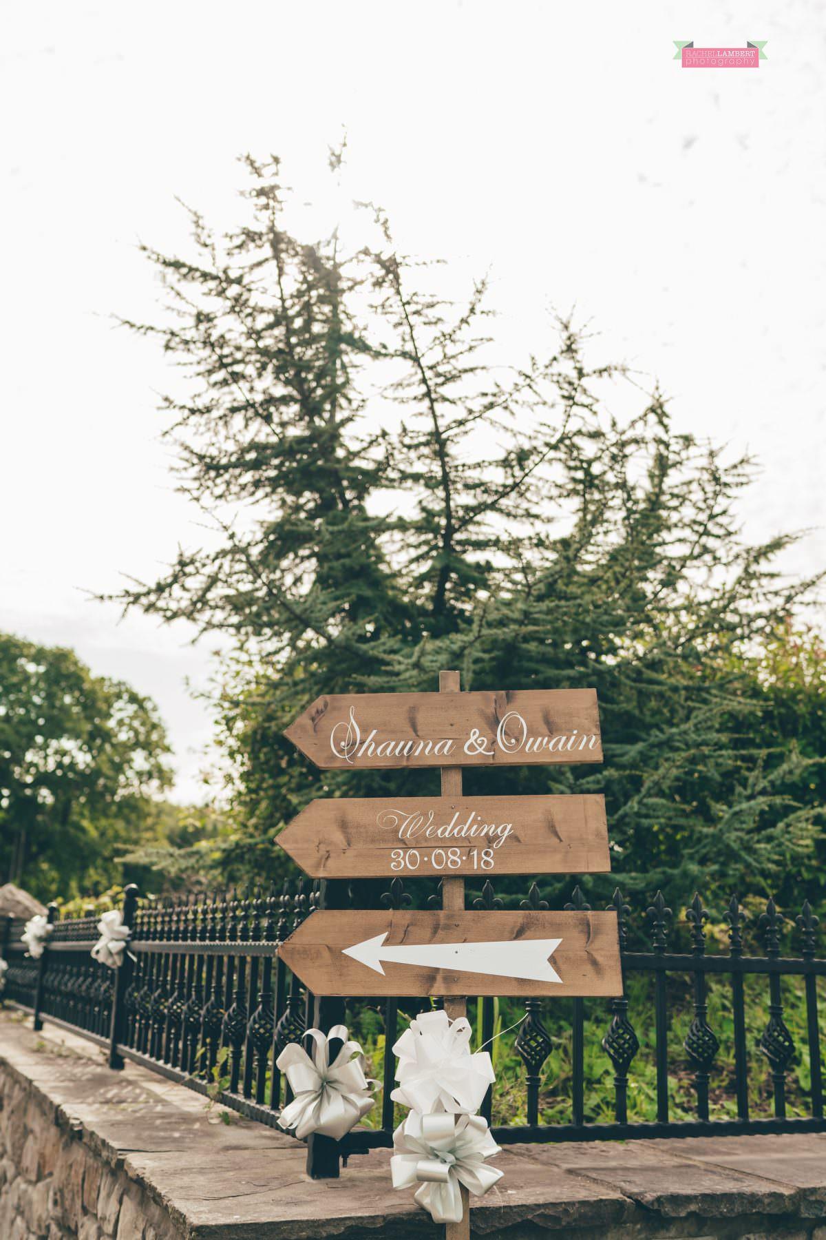 canada lake lodge wedding signs