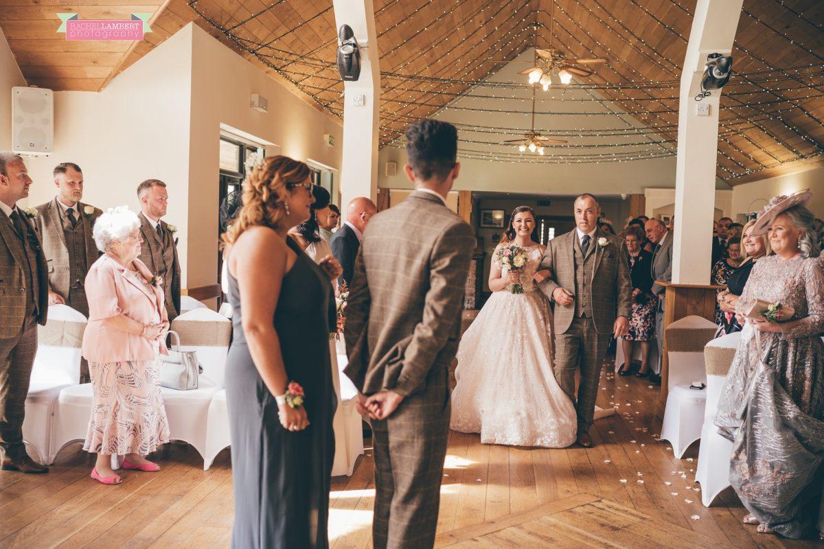 bride arrival canada lake lodge