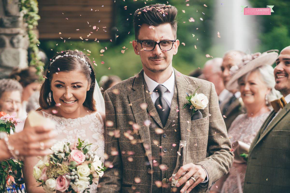 canada lake lodge bride and groom confetti shot