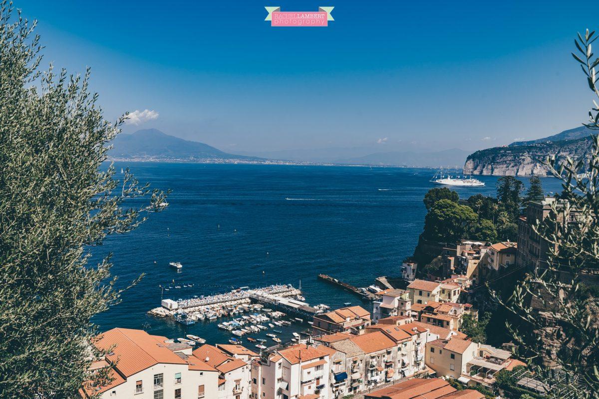 amalfi coast sorrento italy mount vesuvius naples