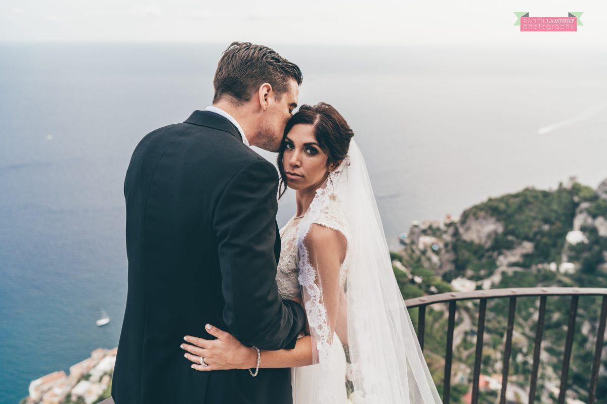 villa cimbrone ravello amalfi wedding photos bride and groom couple shots