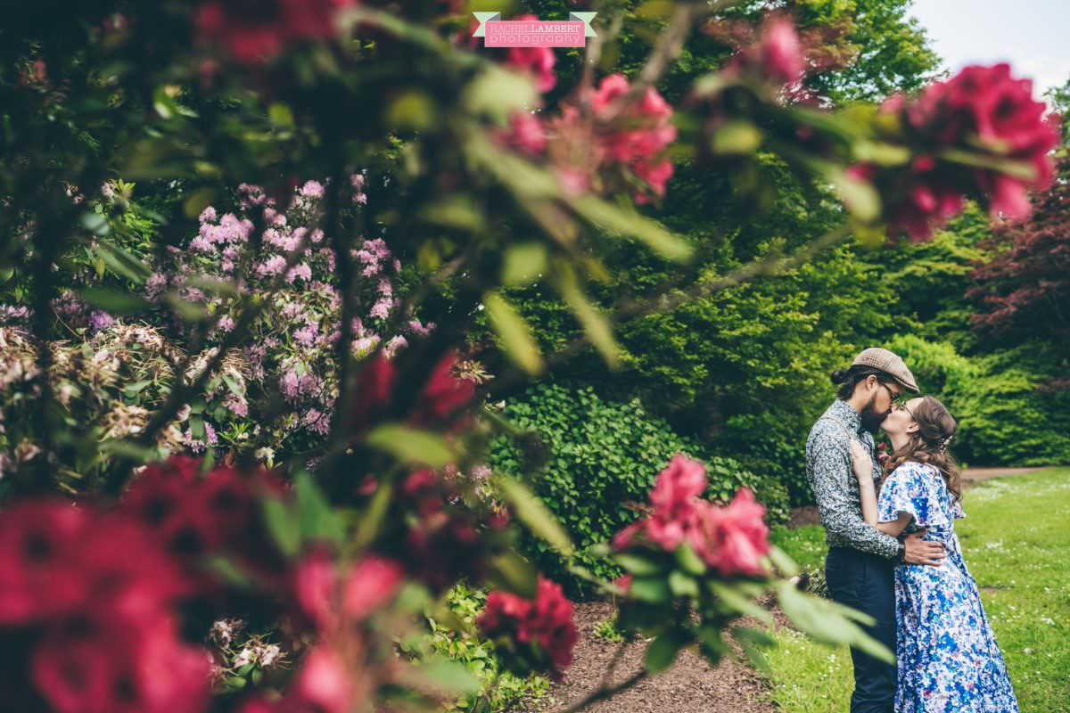 city hall cardiff wedding photographer rachel lambert photography bride and groom bute park